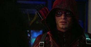 Arrow entra em sua reta final da temporada atual.